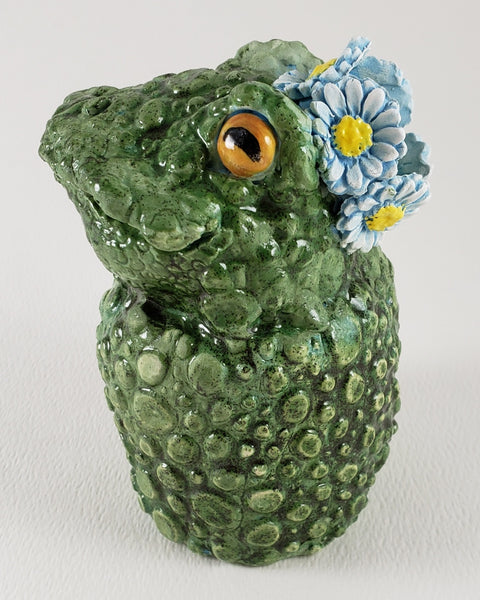 Frida the Frog Wears a Daisy Headband - Artworks by Karen Fincannon