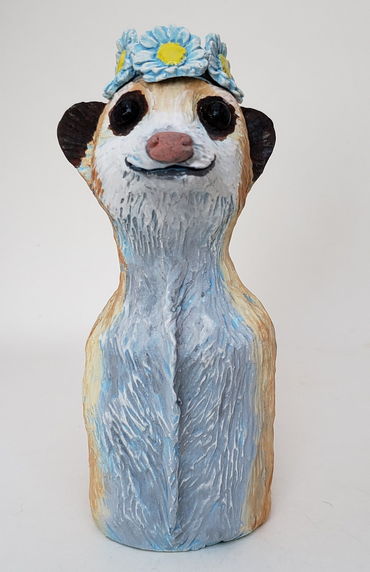 Minnie Meerkat Wearing a Daisy Headband - Artworks by Karen Fincannon