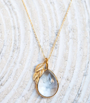 Calm Chakra Heighten Necklace - 20mm Clear Quartz and Leaf Pendant HGT-AW3