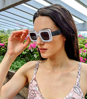 Mendi Square Sunglasses with Contrast Pattern