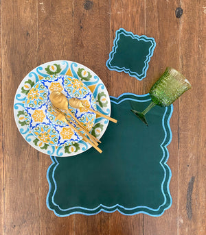 Marvao Scalloped Placemats + Coasters (Set of 6)- Fern Green