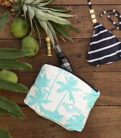 Bags - Coco Palms Splash-Proof Travel Pouch