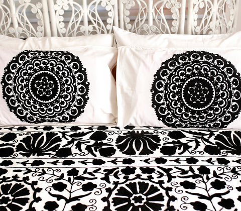 Beddings - Vatika Pillow Case - Black