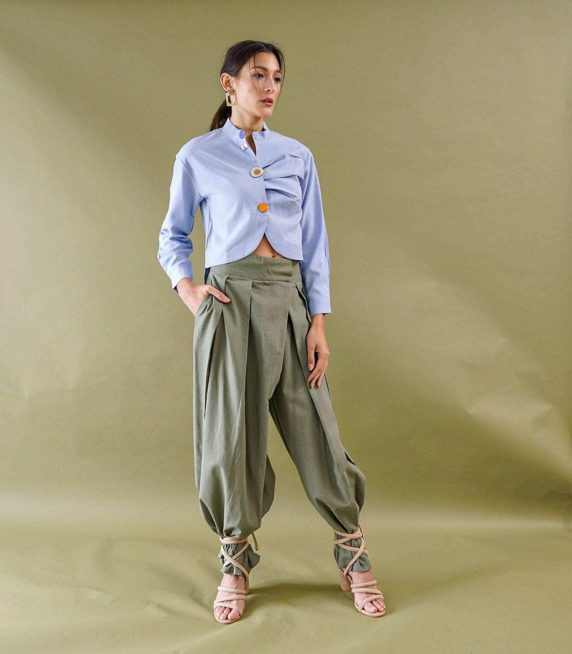 Andenne Cropped Blouse (Powder Blue)