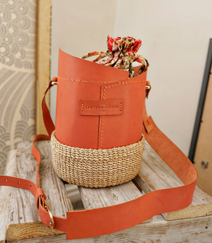Bucket Bag - Agueda Leather Bucket Bag (Large - Peach)