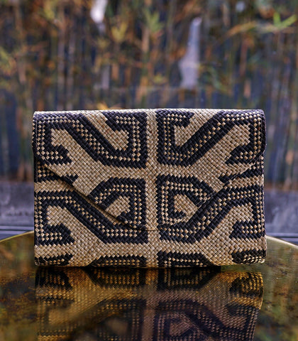 Clutch - Banago Sacred Envelope Straw Clutch