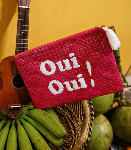 Clutch - Oui Oui! Embroidered Pandan Clutch