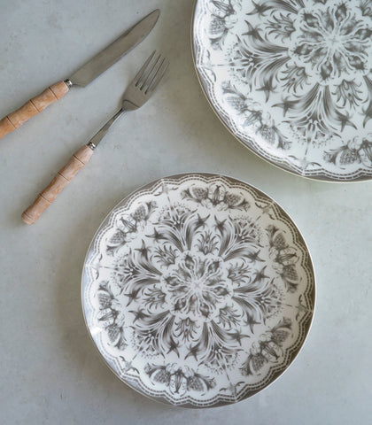 Dinnerware - Gray And White Tulip Dinner Plate And Salad Plate Set (set Of 2)