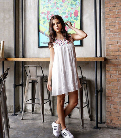 Dress - Ambriz Embroidered Mini Dress (Off White)