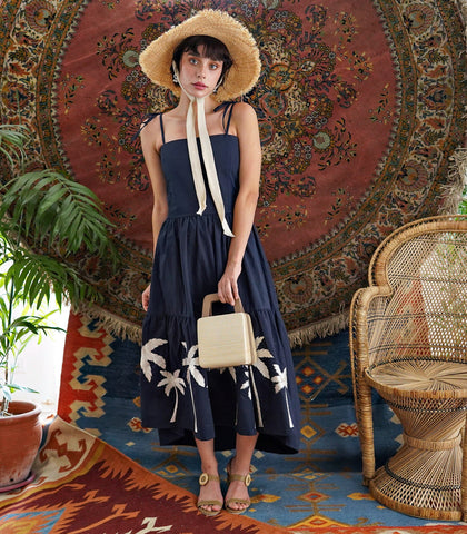 Dress - Intricado Tarapaca Embroidered Linen Dress