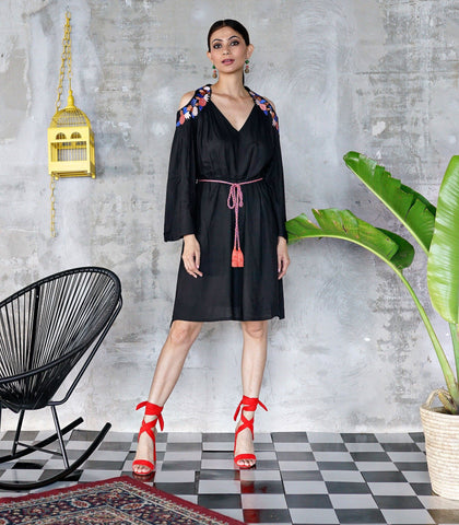 Ometepe Cut Out Embroidered Dress (Black)