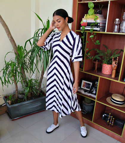 Dress - Sabana Puff Sleeve Swingy Midi Dress + Mask (Navy Stripes)