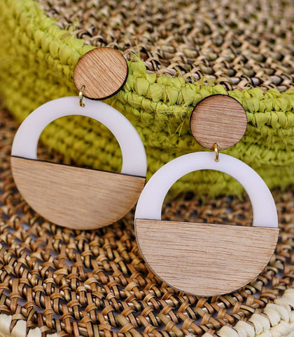 Earrings - Kwame Wood And Acrylic Drop Earrings (Circle White)