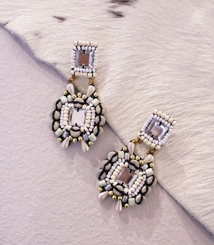 Earrings - Laraché Tuoa Beaded Earrings (2 Variants)
