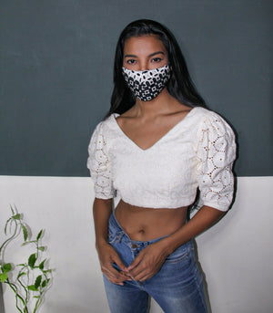 Reversible Black and White Eyelet Face Mask