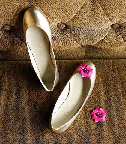 Flats - Wanderlust Leather Flower Shoe Clip (Fleur)