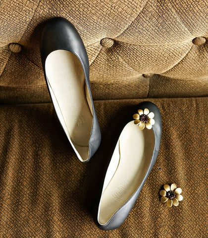 Flats - Wanderlust Leather Flower Shoe Clip (Marguerite)