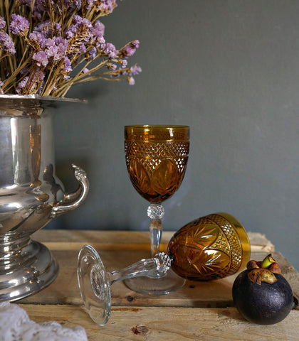 Glassware - Contessa Wine Glass - Amber