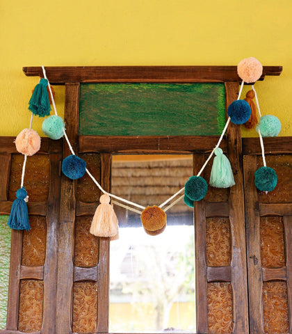 Handmade Decor - Pompom And Tassel Garland