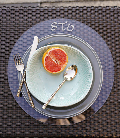 Plate Charger - Monogrammed Round Lucite Plate Charger