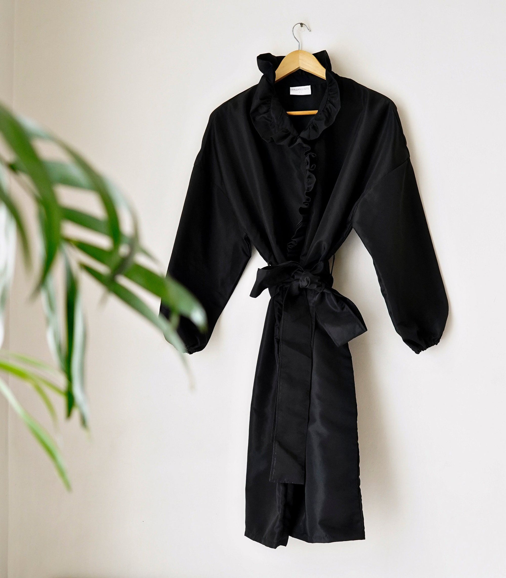 Ruffle Protective Coat Set with Face Mask (Midnight)