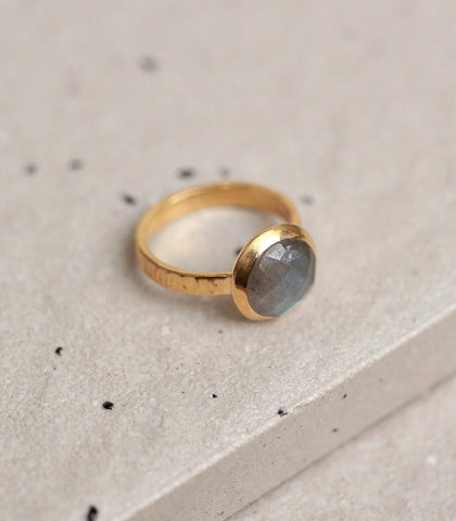 Ring - Labradorite Ring