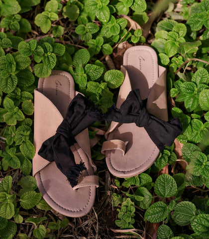 Sandals - Korian Leather Knot Slides