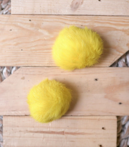 Shoe Accessory - Pouffe Fur Pompom Shoe Clips