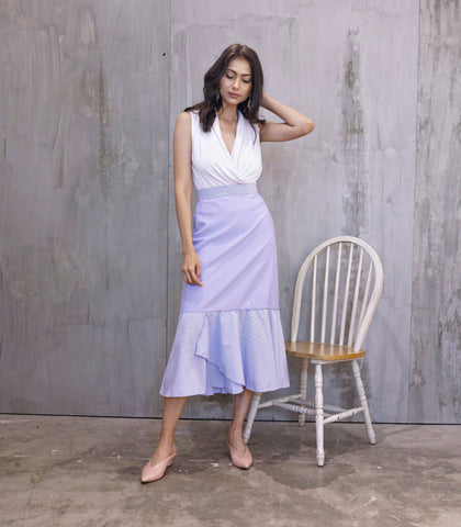 Skirt - Cuasa A-Line Skirt With Overlap Hem Detail