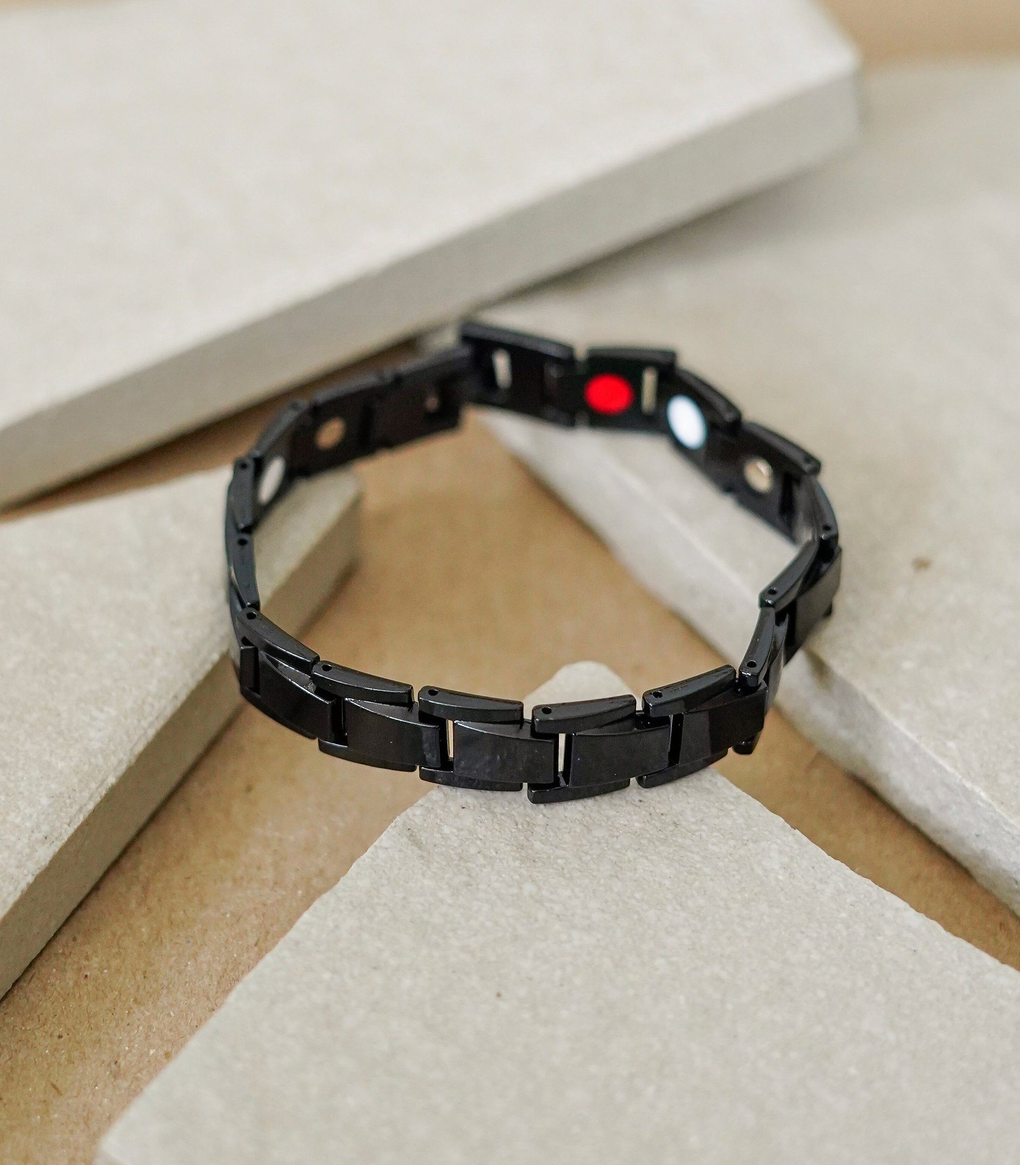 Good Ions Carbon 4-in-1 Health Bracelet