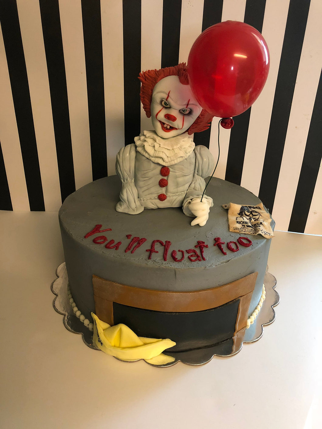 Pennywise Cake Decorating Kit