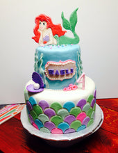 Load image into Gallery viewer, Little Mermaid Cake Topper