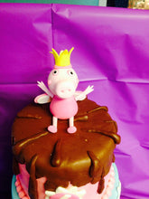 Load image into Gallery viewer, Peppa Pig Fondant Cake Topper