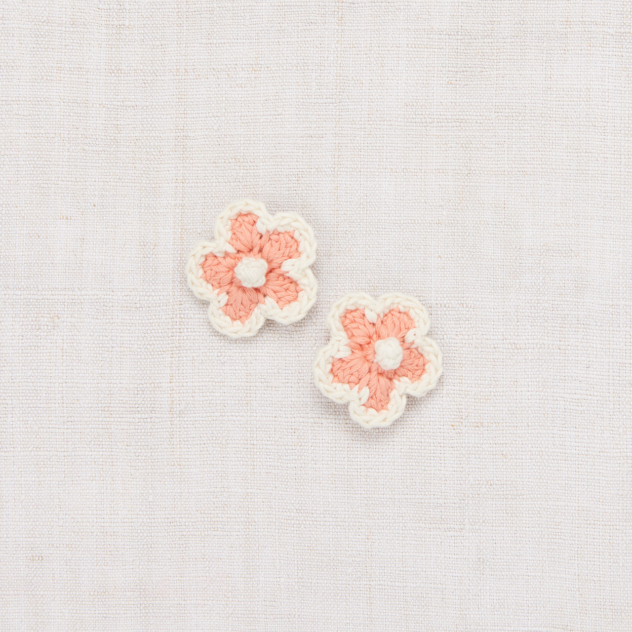 Medium Crochet Flower Clip Set - Coral/Vanilla