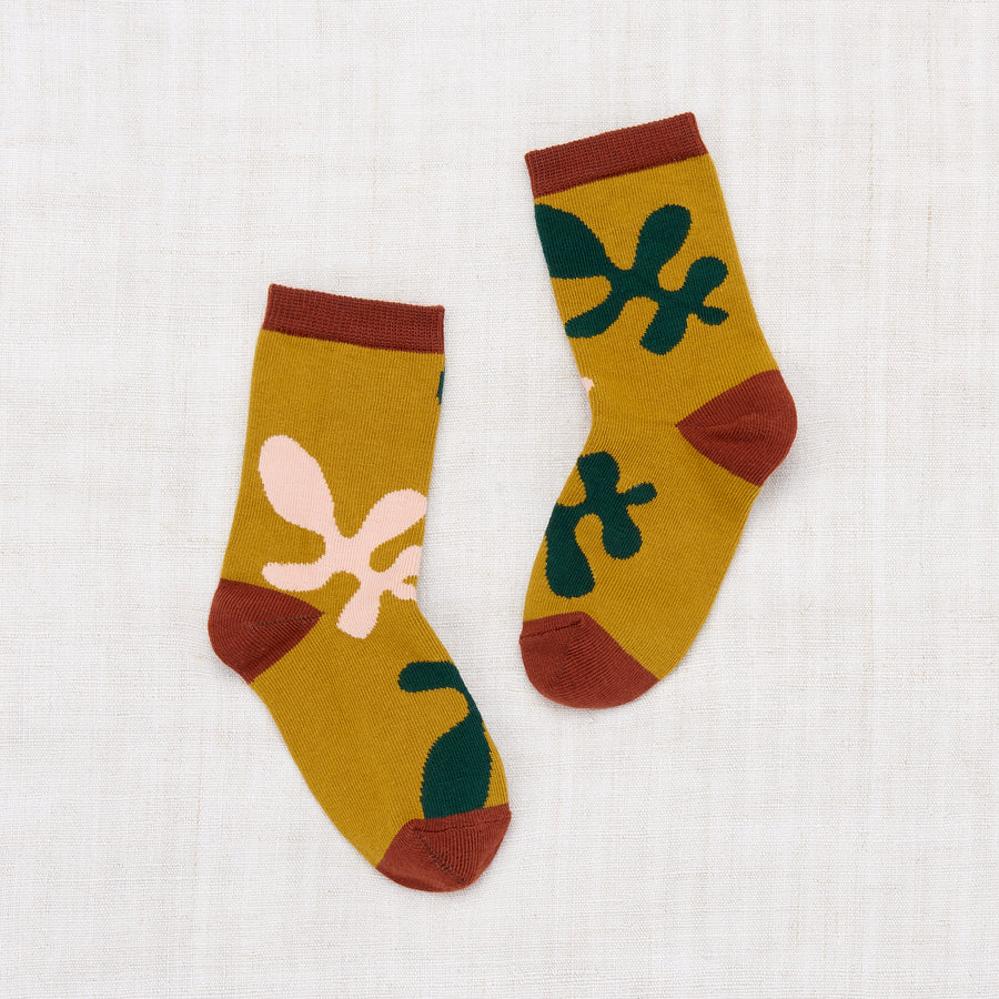 Allover Leaves Crew Socks