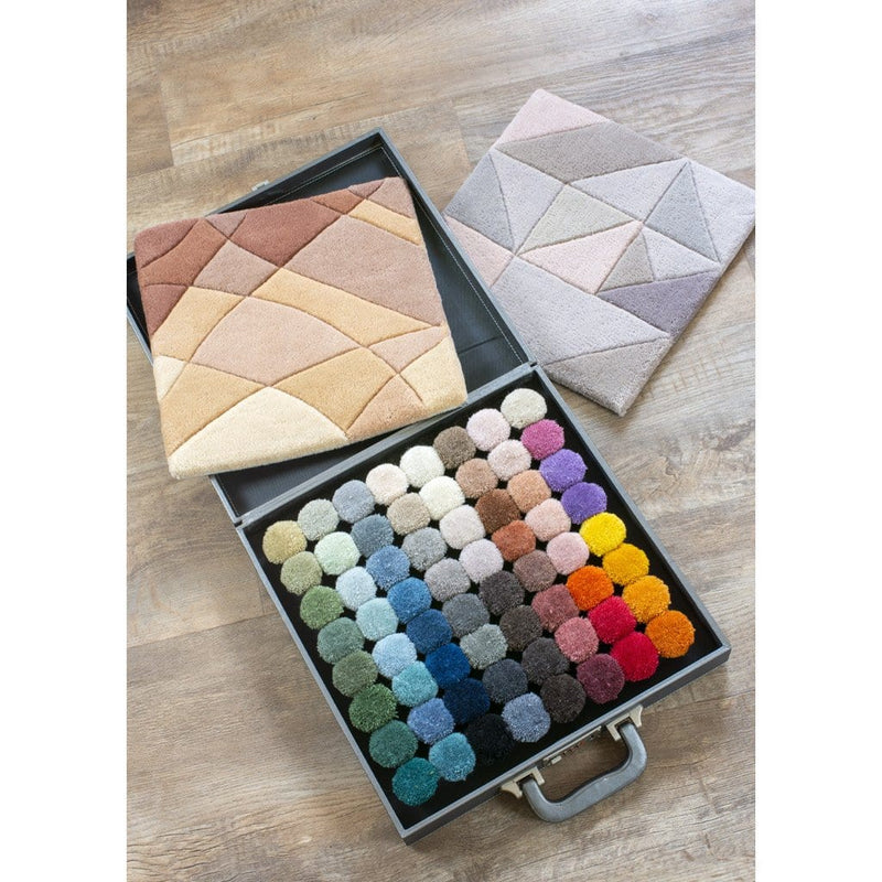 Custom colours Pom Box to design your own rug. 64 colours.