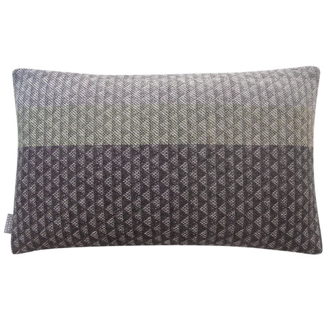 Bec du Nez Cushion
