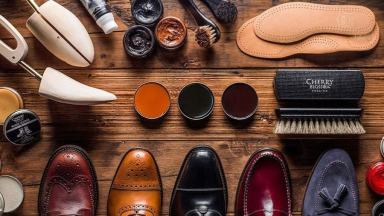 The basic rules for the care of leather shoes.