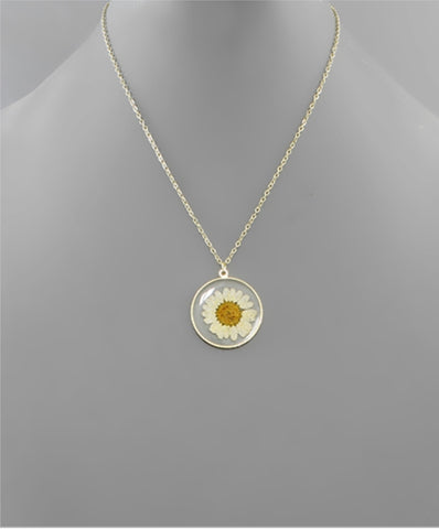 Dried Flower Resin Disk Necklace