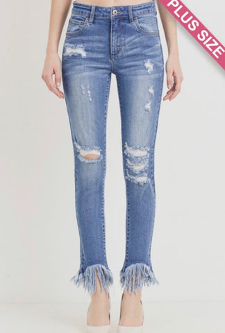 Curvy Light Wash Frayed Ankle Skinny