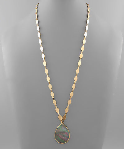 Shell Teardrop Chain Necklace
