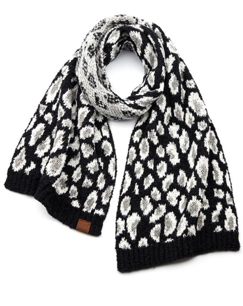 CC Leopard Knit Oblong Scarf (Black)