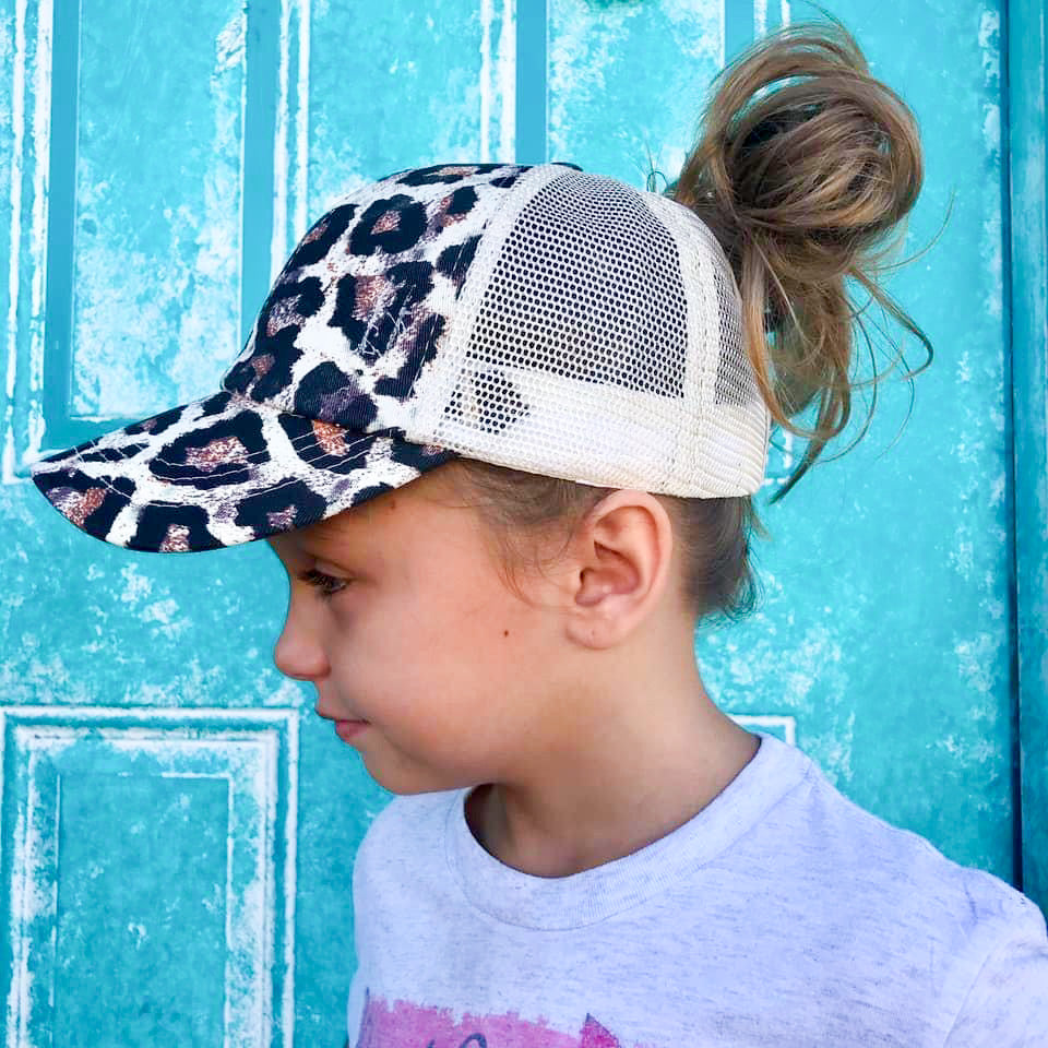 Girls Criss Cross Back Trucker Hats (2 colors)