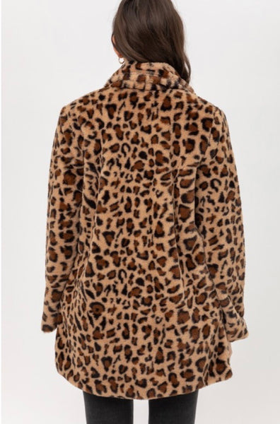 Fuzzy Leopard Coat (small-3X)