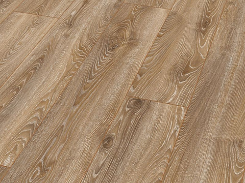 10MM MAMMUT PLUS LP AC5 HIGHLAND OAK BRONZE LAMINATE €18.84 Per sq Yard