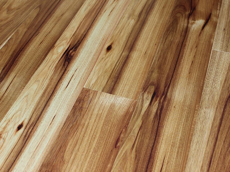 10MM METRO HIGH SHINE 4V AC4 TIRANA HICKORY LAMINATE FLOORING €17.20 Per sq Yard