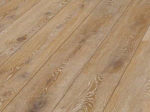 10MM METRO PLUS 4V AC5 MONACO OAK LAMINATE FLOORING €14.74 Per sq Yard