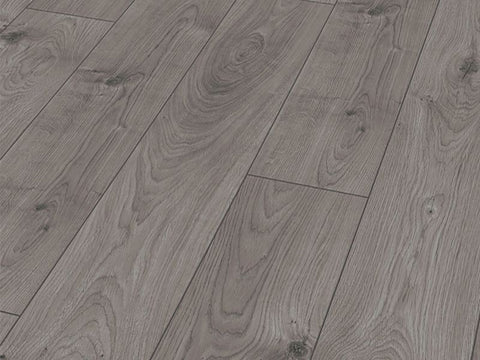 12MM MAMMUT 4V LP AC5 EVEREST OAK GREY EIR LAMINATE FLOORING €18.84 Per sq Yard