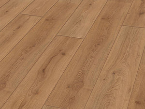 6MM BASIC AC3 TREND OAK NATURE LAMINATE FLOORING €6.22 Per sq Yard