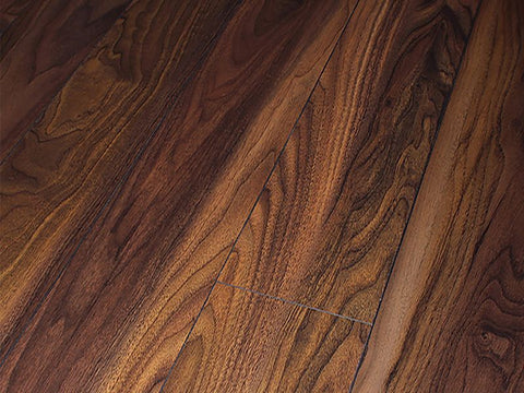 8MM DYNAMIC 4V AC4 AUGUSTA WALNUT LAMINATE FLOORING €10.30 Per sq Yard